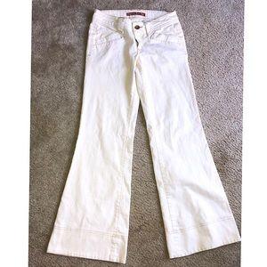 Junior size 5 white flair bottom jeans